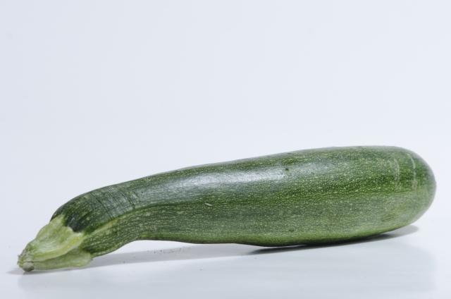 夏野菜の定番ズッキーニを使った簡単美味しいレシピをご紹介!